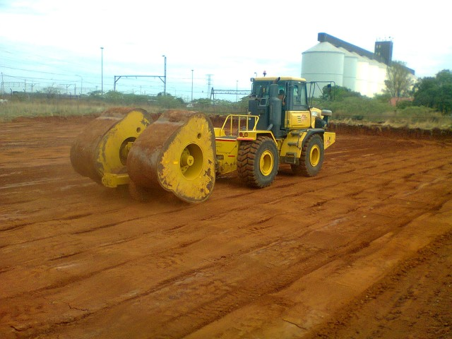 Earthmoving Equipment Hire Pretoria - Talons Earth